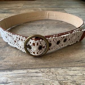 Accessories - Western style leather belt with lace size large